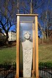 Статуя защищенная от элементов, сад ренессанса, Saratoga Springs, Нью-Йорк, 2014 Стоковое фото RF