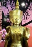 статуя золота стоковое изображение rf