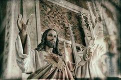 Статуя Иисуса с оружиями широкими раскрывает Стоковое Фото