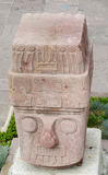 Статуя идолов головная от Tiwanaku стоковые изображения