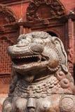 Статуя и украшения висков в квадрате Durbar, Kathmand Стоковые Фото