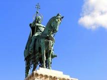 Статуя короля в Будапеште Стоковое Изображение RF