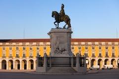 Статуя короля Хосе Я в Лиссабоне на восходе солнца Стоковое Фото