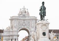 Статуя короля Хосе Я на квадрате коммерции (Praca делает Comercio) Стоковое Изображение RF