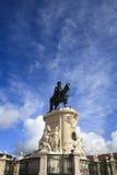 Статуя короля José Я на Praça делает Comércio в Лиссабоне Стоковое Фото