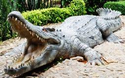 статуя крокодила большая Стоковая Фотография