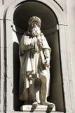 Статуя Леонардо Да Винчи, Uffizi, Флоренс, Италия Стоковое фото RF