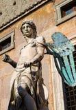 Статуя Майкл Архангела в Castel Sant'Angelo, Риме Стоковые Фотографии RF
