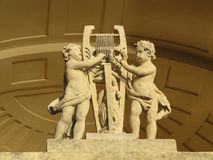 Статуя на виске Аполлона стоковые фотографии rf