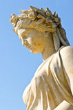 Статуя на дворце боли челки Стоковая Фотография RF