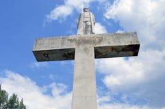 Статуя на кресте Стоковые Фотографии RF