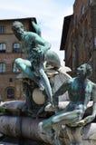 Статуя на фонтане Нептуна на della Signoria аркады в Флоренсе Стоковые Фото
