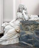 Статуя оплакивая дамы внутри датской церков Стоковые Фотографии RF