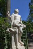 Статуя от собрания мраморных скульптур итальянскими мастерами последнее XVII - раньше столетия XVIII в лете садовничают I стоковое изображение