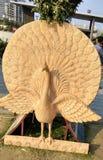 Статуя павлина! стоковая фотография