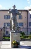 Статуя Папы Жан Поля II перед Нотр-Дам de Fourviere Собором в Лионе стоковые изображения