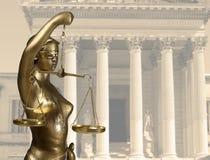 Статуя правосудия стоковое изображение rf