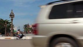 Статуя плодоовощ дуриана статического гигантского кич WS ретро азиатская с проходить мотоциклов акции видеоматериалы