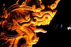 Статуя дракона золота стоковая фотография