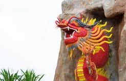 Статуя дракона изолированная на белой предпосылке Стоковое фото RF
