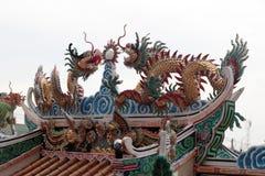 Статуя дракона на крыше Стоковое Изображение