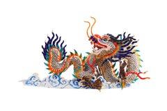 Статуя драконов Китая на белой предпосылке Стоковое Изображение