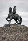 Статуя русской императрицы Elisaveta (Элизабета) ехать лошадь Стоковые Фотографии RF