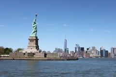 Статуя свободы, взгляд Манхаттана - Нью-Йорк Стоковое фото RF