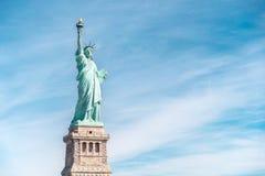 Статуя свободы в Нью-Йорке, ориентир ориентирах Нью-Йорка Стоковые Изображения RF