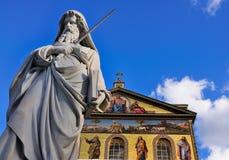 статуя святой Паыля rome стоковое изображение rf