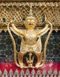 Статуя сказки животная выглядеть как Garuda Стоковое Изображение RF