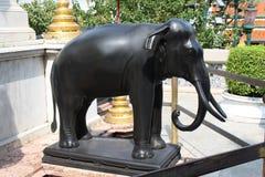 Статуя слона на грандиозном дворце Стоковая Фотография RF