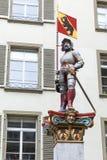 Статуя фонтана Vennerbrunnen, Bern Стоковые Изображения