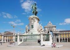 Статуя Хосе i бронзовая в квадрате коммерции в Лиссабоне Стоковые Изображения