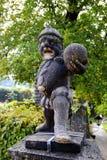 Статуя человека в парке Стоковая Фотография