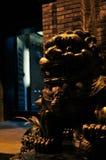 Статуя льва на ноче Стоковое фото RF