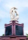 статуя дельфина Стоковое фото RF