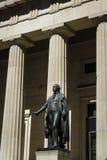 Статуя Джорджа Вашингтона, федерального Hall, Нью-Йорка Стоковые Фотографии RF