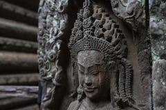Статуя Apsara в виске Bayon, Камбодже стоковые фото