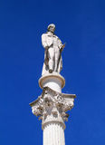 Статуя Bocage в центре Setubal историческом, Португалии Стоковые Изображения