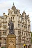 Статуя Duke Девоншайр на Whitehall стоковые изображения rf