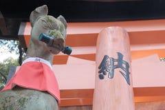 Статуя Fox Стоковые Изображения
