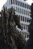 Статуя Godzilla в Hibiya стоковые изображения