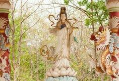 Статуя Guanyin Стоковое фото RF