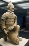 статуя kneeling лучника стоковое фото rf