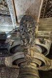 Статуя Madanakai на виске Hoysaleswara, Halebidu, Karnatake, Индии стоковое изображение rf