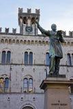 статуя mazzini s giuseppe стоковая фотография