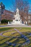 Статуя Mozart стоковые фотографии rf