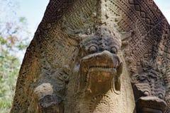 Статуя Naga на виске Beng Mealea в Камбодже Стоковые Фотографии RF