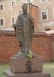 Статуя Pope John Paul II Стоковое фото RF